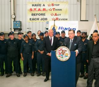 Governor Quinn Visits Chicago's Hydro, Inc. as Illinois' Unemployment Rate Continues to Drop